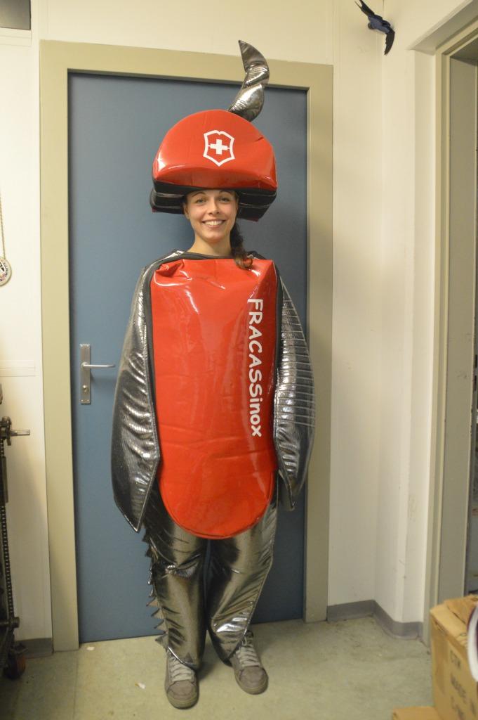 costume_coltellino_2
